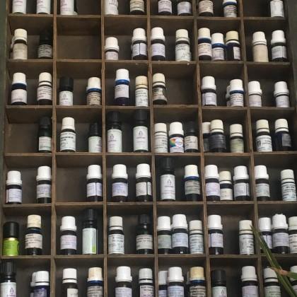 RAVINTSARA - Cinnamomum camphora var. ravintsara EO  BIO